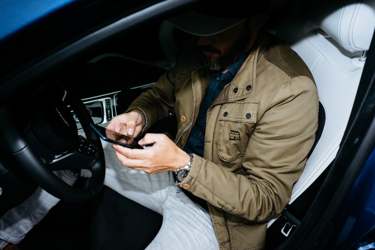 André Duhme Jaguar XEs x Huawei Honor 8